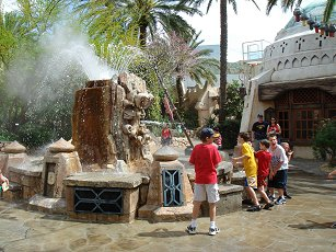 talking fountain at universal islands of adventure
